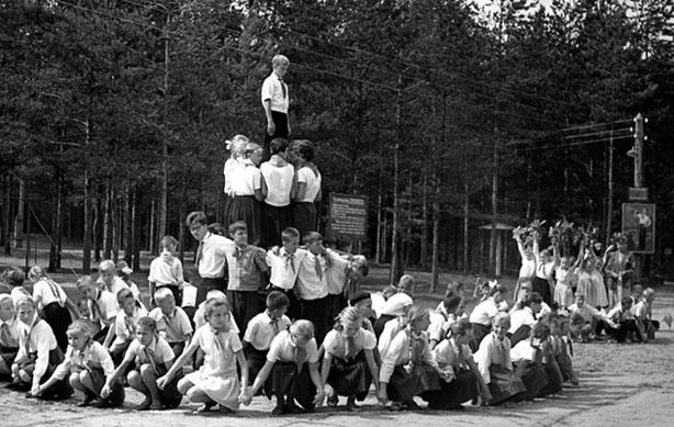 Школа после войны_ Пионерский лагерь