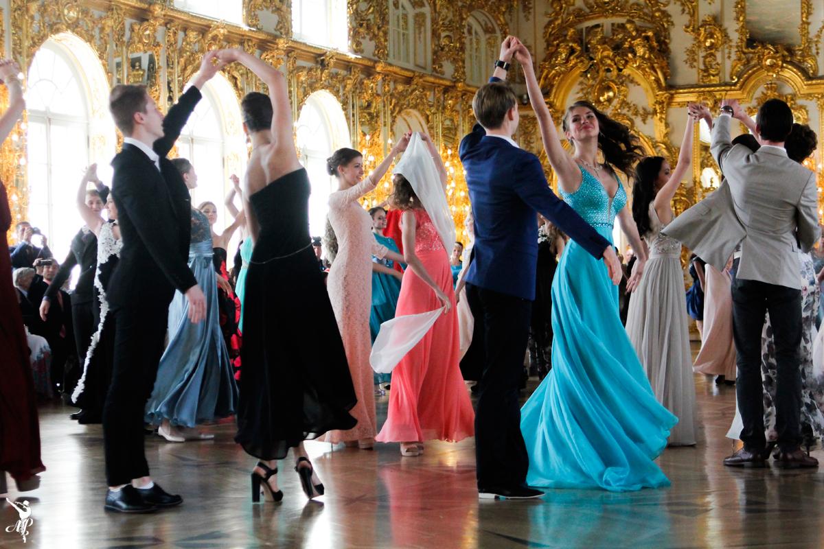 Выпускной-бал-Академии-Русского-балета-Вагановой-2015-15